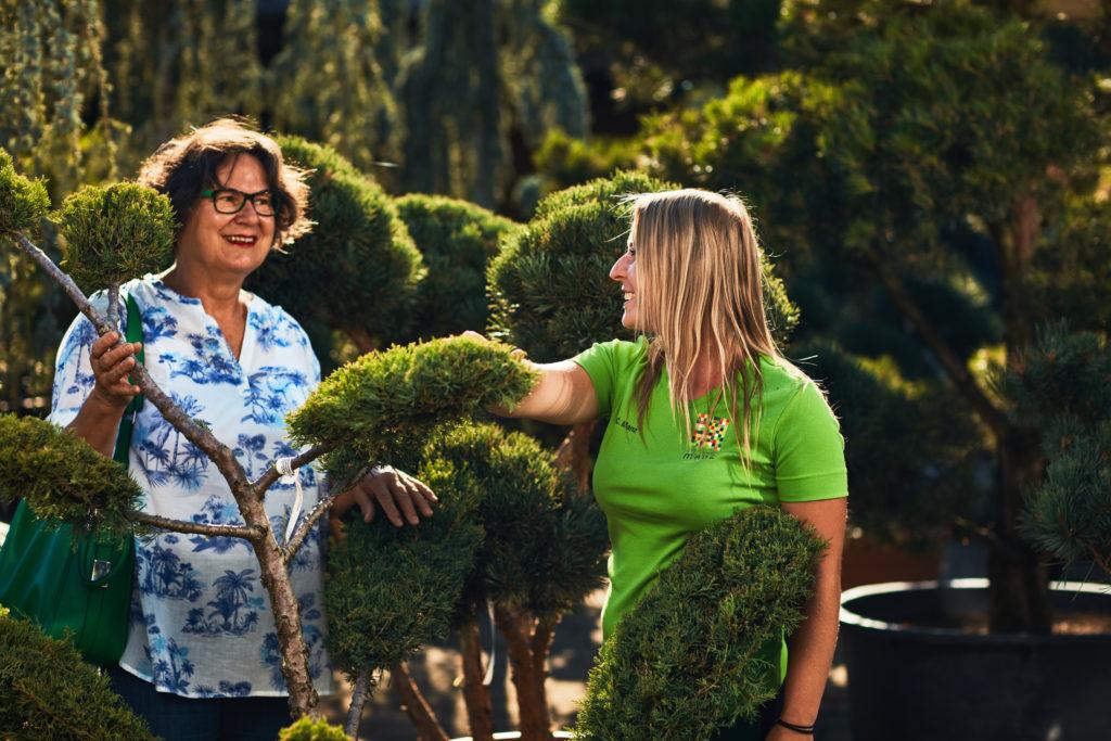Beratung der im grünen der Manz Gartenwelt in Stühlingen-Schwerzen am Hochrhein